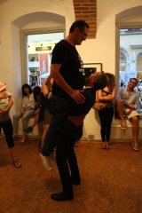 SATURDAY   2.7., 20 h   PERFORMANCE   Giovanni Morbin   Weigh a moment