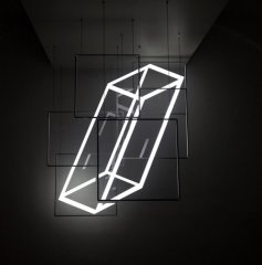Perfect Angle, 2018, the light installation consists of six plexiglas elements with LED, 170 x 140 cm, unique piece, material: metal, Plexiglas, wood, LED, dimmable (Plexiglas: 55 x 55 cm, 50 x 50 cm, 60 x 60 cm, 70 x 50 cm, 55 x 55 cm, 66 x 60 cm)