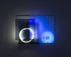 Superposition (Day/Night), 201,5 neon, UV-Light, metal, mirror, plexiglas, 128 x 175 x 20 cm, unique piece + 1AP