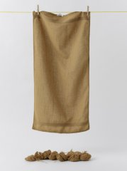 hand towel, from: ausgezogen, 2002-2006, 15 textile objects, terry cloth pieces of private provenance, credit: Claudio Alessandri